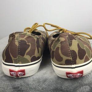 0de506cc2e Vans Shoes - VANS WAXED CANVAS CAMO MEN SIZE 11.5